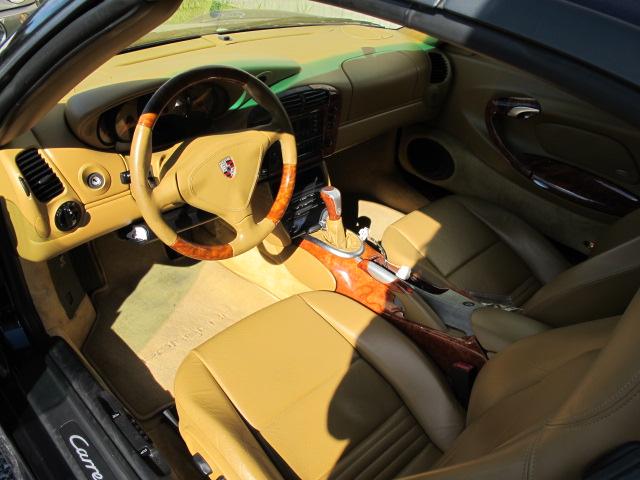 wood grain interior makeover on a 2001 porsche 911 monteith